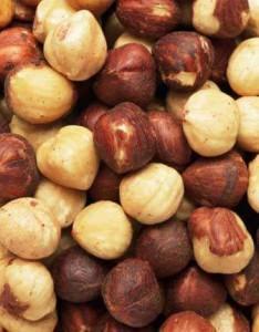 Promo Hazelnut whole raw ( ada kulit ari ) 250 gram. Beli 2bh – 200rb